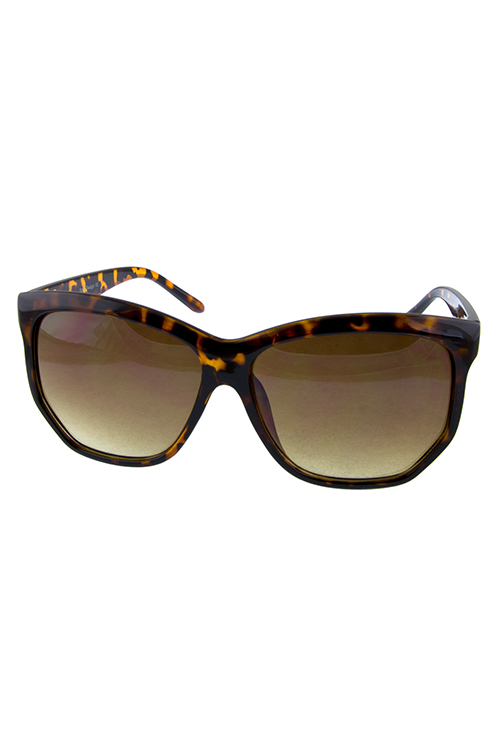 Womens square plastic soothing sunglasses
