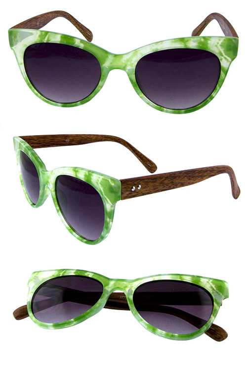 Womens horned rimmed rounded fashion sunglasses