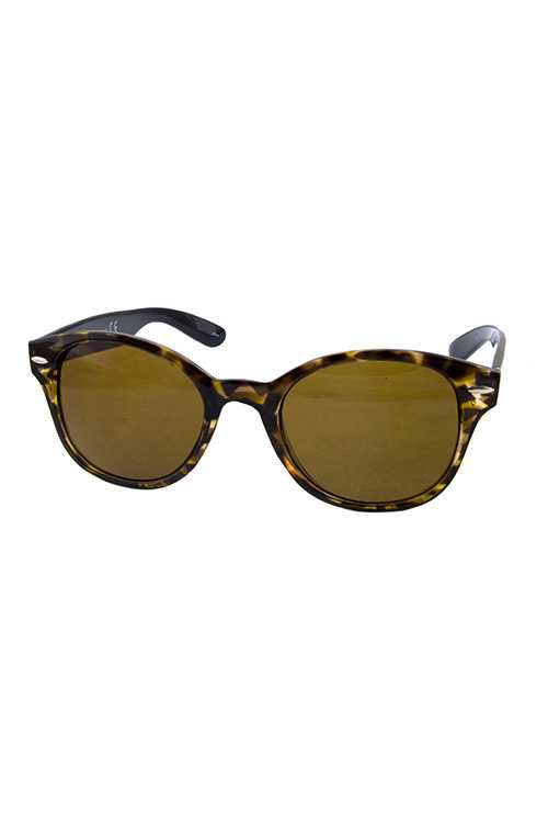 Womens horn rimmed plastic retro sunglasses